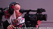 Die Kamerafrau Salma Rasa bei Zan TV