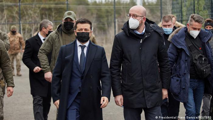 Владимир Зеленский и Шарль Мишель в Донбассе