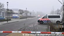 Niederlande Sprengstoff in der Corona-Teststraße GGD in Bovenkarspel