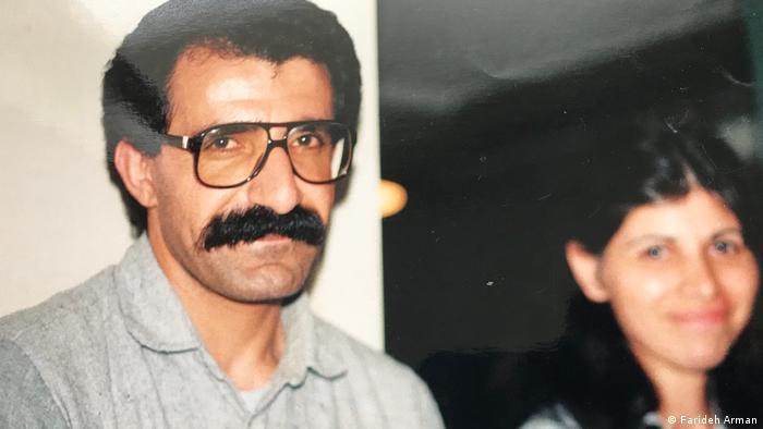 بهمن جوادی که به نام غلام کشاورز شناخته میشد، سخنگوی فدراسیون سراسری پناهندگان ایرانی و از کادرهای حزب کمونیست ایران بود که در ۴ شهریور ۱۳۶۸ (۱۵ سپتامبر ۱۹۸۹) در لارناکای قبرس ترور شد. او که مقیم و شهروند سوئد بود، برای دیدار مادرش از سوئد به قبرس رفته بود. بهمن جوادی در مقابل چشمان مادر، همسر و برادرش هدف گلوله یک موتورسوار قرار گرفت و در بیمارستان مرکزی لارناکای قبرس درگذشت.