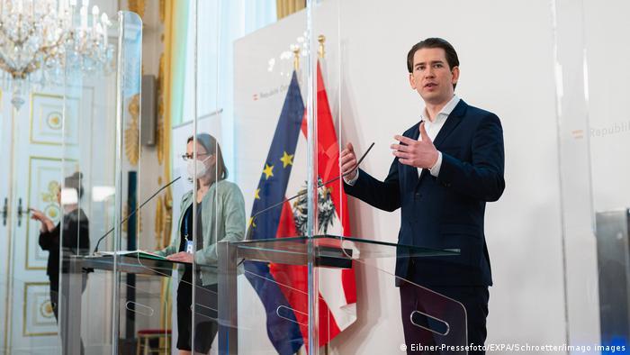 Österreich Regierung PK Corona   Sebastian