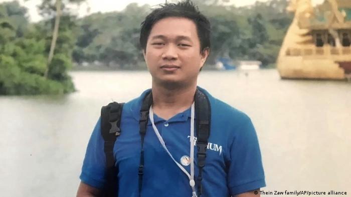 Jurnalis Thein Zaw ditangkap saat sedang meliput aksi unjuk rasa anti-kudeta pada Sabtu (27/02)