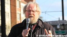 Deutschland Ex-Bundestagspräsident Wolfang Thierse Demonstration Protest Rostock
