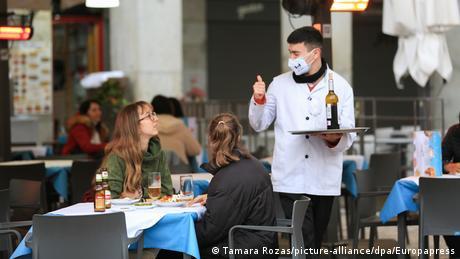 Ισπανία: Ανησυχία για έξαρση κρουσμάτων το Πάσχα