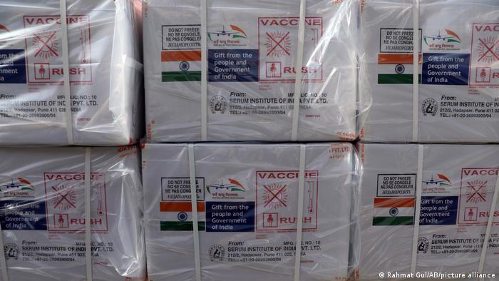 Індія призупинила експорт вакцини AstraZeneca