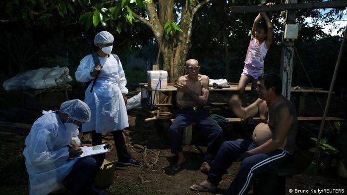 Spora vakcinacija - cepljenje na terenu u Amazoniji