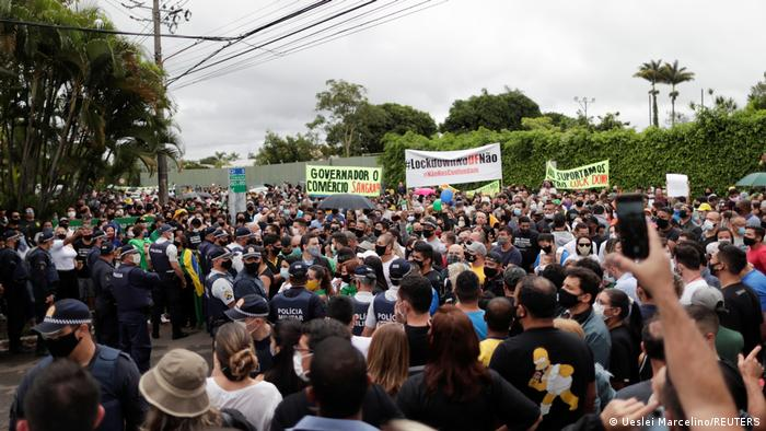 Bildergalerie Brasilien & Coronavirus | Brasilia, Protest gegen Lockdown