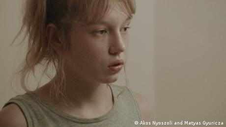 Lilla Kizlinger in Forest - I See You Everywhere