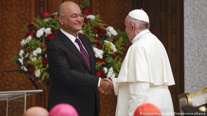 دیدار پاپ فرانسیس، رهبر کاتولیکهای جهان، با برهم صالح، رئیس جمهور عراق