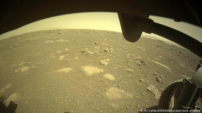 Perseverance unternimmt seine erste Probefahrt auf dem Mars