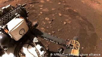 Марсоход Perseverance на Марсе