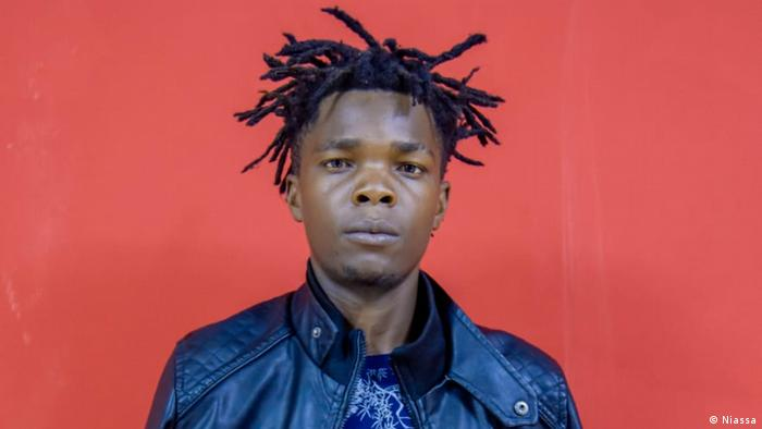 Mosambik Humorist Tio Yado