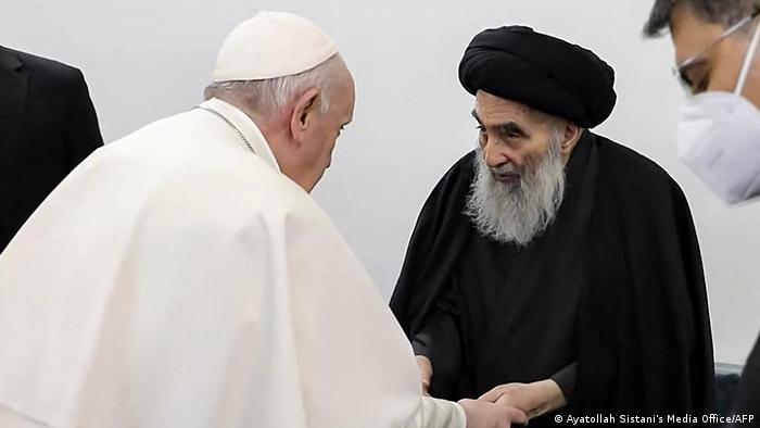 پاپ فرانسیس در فضایی صمیمی با آیتالله علی سیستانی دیدار و گفتوگو کرد