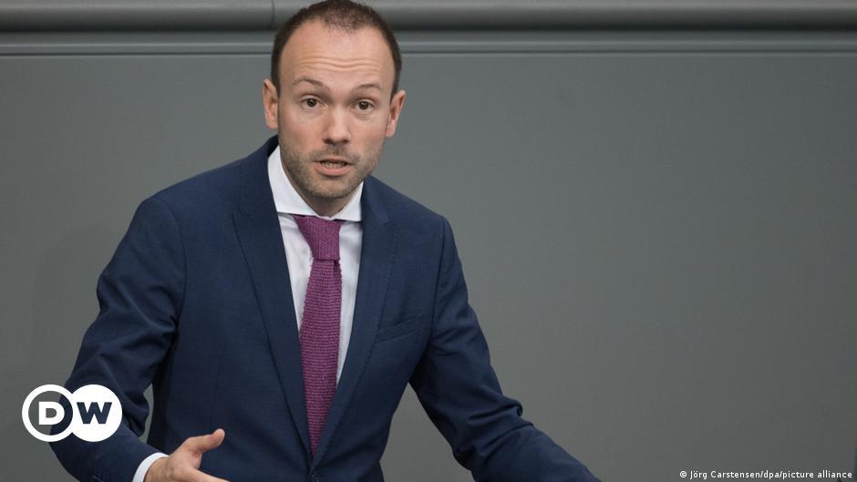 German lawmaker resigns over face mask scandal