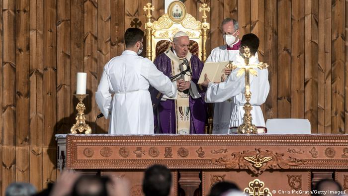 البابا خلال زيارته لأربيل