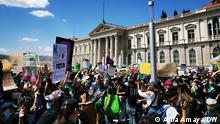 El Salvador Marsch der Frauen