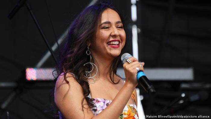 Российская певица, уроженка Душанбе Манижа Сангин