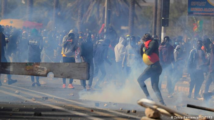 Weltspiegel 09.03.2021 | Senegal | Proteste in Dakar