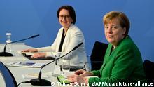 Deutschland Integrationsgipfel im Kanzleramt Angela Merkel