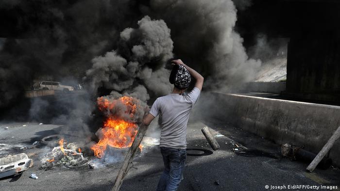کاهش شدید ارزش پوند در ماه مارس اعتراضات خیابانی در لبنان را بیش از پیش دامن زده است (عکس: بیروتو هشتم مارس 2021)