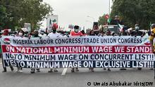 Nigeria Abuja | Protest für Mindestlohn vor Nationalversammlung