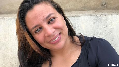 Naima Hamdani, Radiomoderatorin bei Mères en Ligne