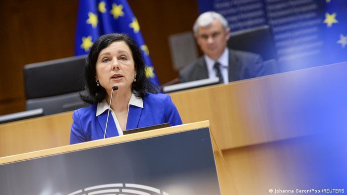 Comisarul european pentru valori şi transparenţă, Vera Jourova