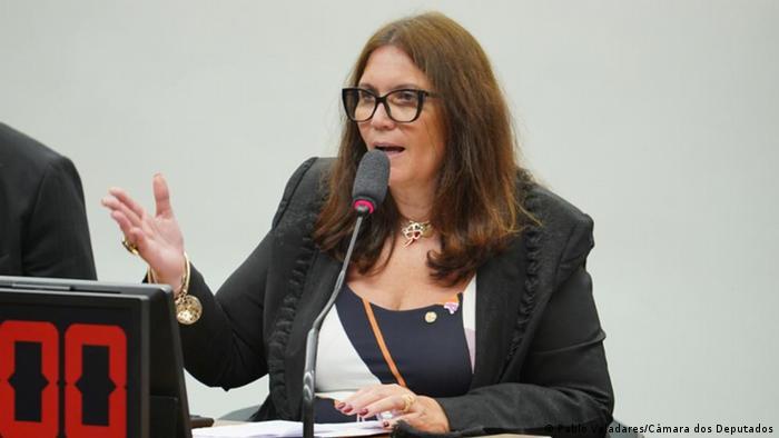 Deputada Bia Kicis discursa