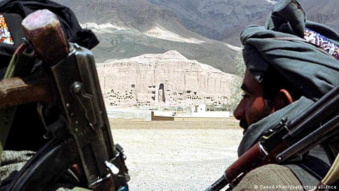 Hombres armados en Bamiyán.
