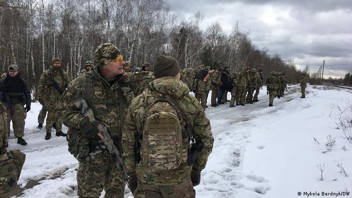 Збори бійців територіальної оборони в Україні (фото з архіву)