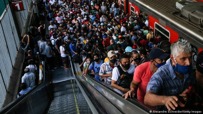 Brasilien   Coronakrise: Bahnstation in Sao Paulo