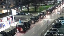 Italien Miltärtransporter mit Särgen von Corona Opfern aus Bergamo 2020