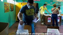 A man exercises his right to vote during the primary elections today in Tegucigalpa, Honduras 14 March 2021. The primary elections of three political parties in Honduras, to which 4.8 million Hondurans are called, began at 07:00 local time 13:00 GMT this Sunday. Three-party primary elections begin in Honduras ACHTUNG: NUR REDAKTIONELLE NUTZUNG PUBLICATIONxINxGERxSUIxAUTxONLY Copyright: xGustavoxAmadorx AME2462 20210314-637513366874115436