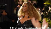 Beyonce erscheint im Publikum, bevor sie den Preis für den besten Rap-Song für «Savage» bei den 63. jährlichen Grammy Awards im Los Angeles Convention Center entgegennimmt. +++ dpa-Bildfunk +++