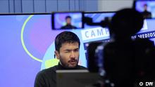 Moderator Sebastián Gómez