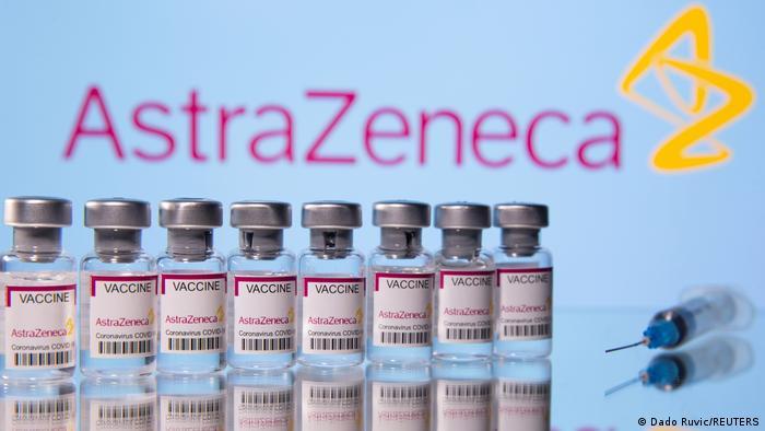 La vacuna de AstraZeneca, en el ojo del huracán.