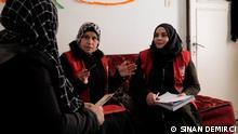 Türkei Flüchtlingshelfer von Rote Kreuz und türkische Rote Halbmond