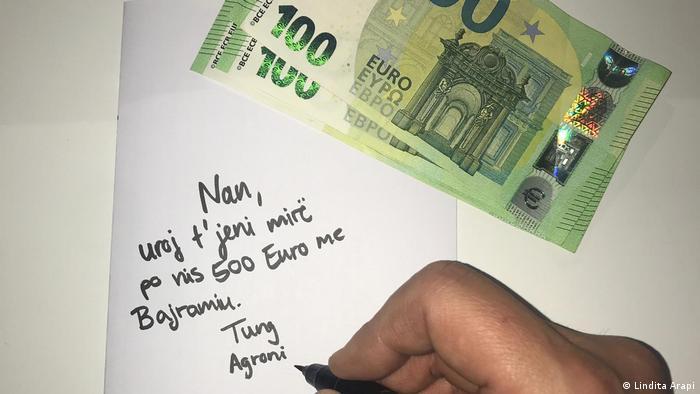 Symbolbild   Geld senden   Lindita Arapi