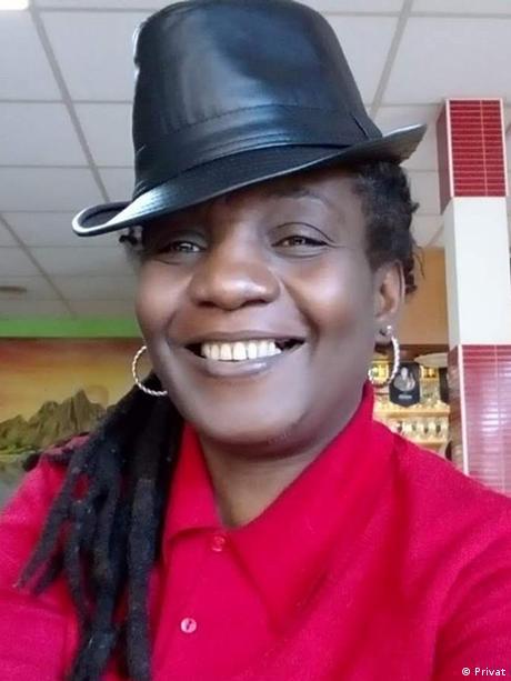 Republik Kongo Die Journalistin und politische Analytikerin Sadio Kanté-Morel