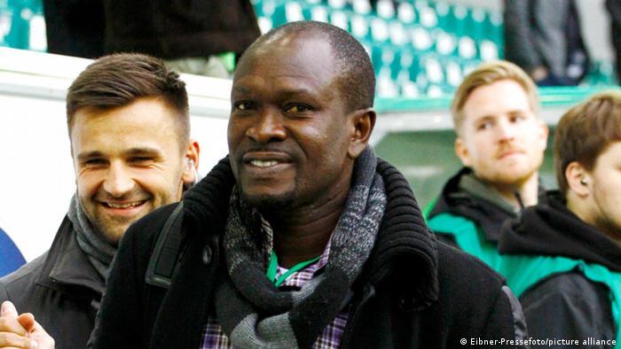 Charles Kwablan Akonnor | ehemaliger ghanaischer Fußballspieler