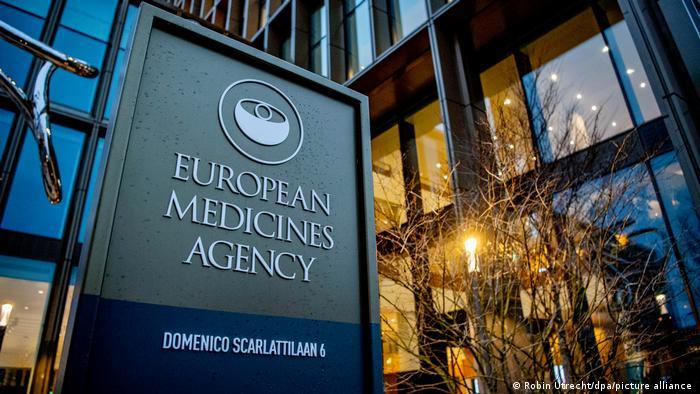 L'Agence européenne des Médicaments se prononce jeudi sur le vaccin AstraZeneca et les cas de thromboses
