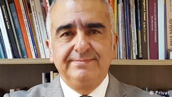 Ankara Üniversitesi Tıp Fakültesi Halk Sağlığı Anabilim Dalı'ndan Prof. Dr. Tuğrul Erbaydar