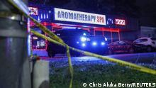 """*** Dieses Bild ist fertig zugeschnitten als Social Media Snack (für Facebook, Twitter, Instagram) im Tableau zu finden: Fach """"Images"""" —> Weltspiegel/Bilder des Tages *** 16.03.21 *** Crime scene tape is seen outside Aromatherapy Spa after shootings at a massage parlor and two day spas in the Atlanta area, in Georgia, U.S. March 16, 2021. REUTERS/Chris Aluka Berry"""