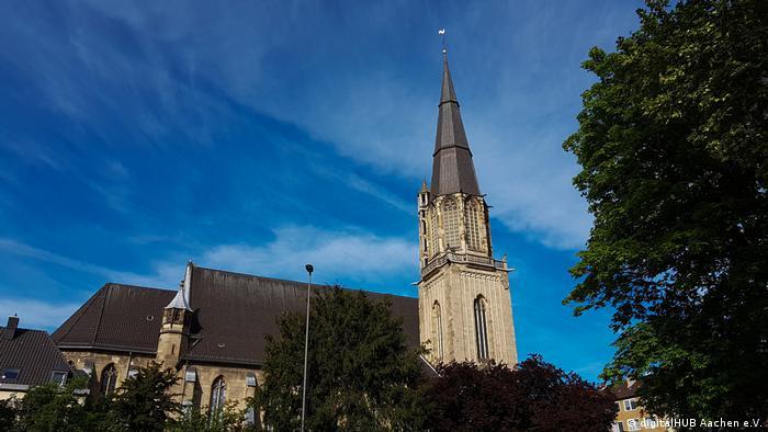 Das Äußere der digitalen Kirche