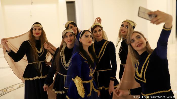 Iran Teheran | Frauentanzgruppe Boshra
