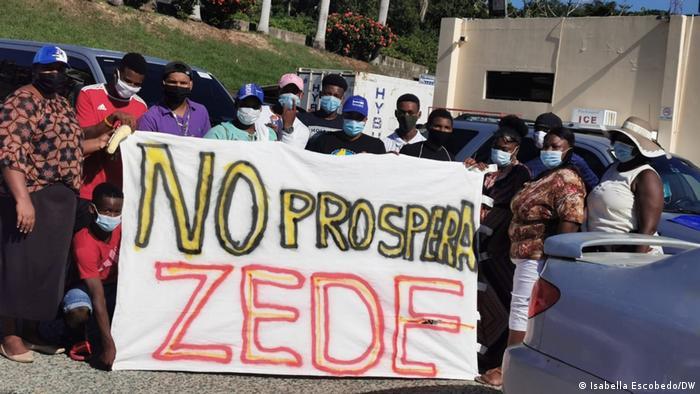 La comunidad de Crawfish Rock protesta contra la ZEDE Roatán Próspera