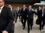 David Cameron, primer ministro británico, y José Manuel Durao Barroso, presidente de la Comisión Europea.