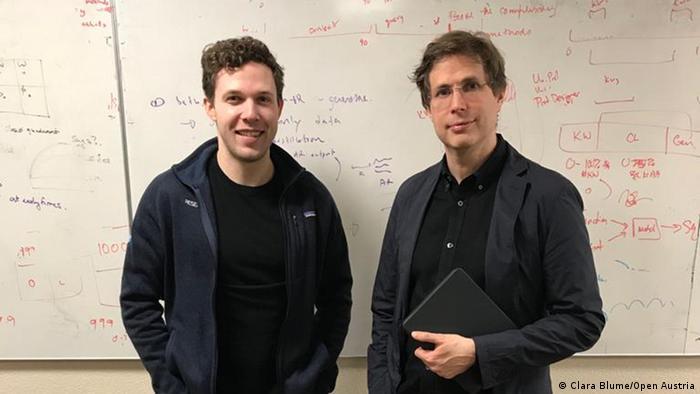 Schriftsteller Daniel Kehlmann (rechts) mit CTRL-Erfinder Bryan McCann