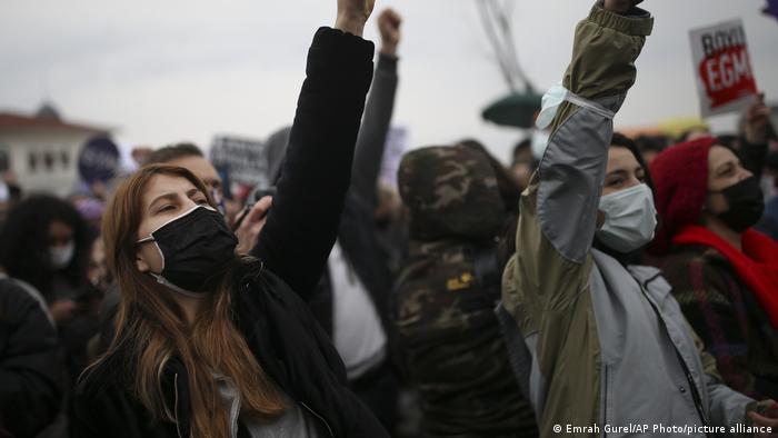 Türkei Protest nach Austritt aus Instanbul Konvention
