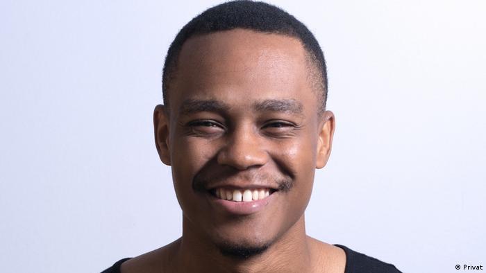 Mosambik Humorist und Tänzer Alcy